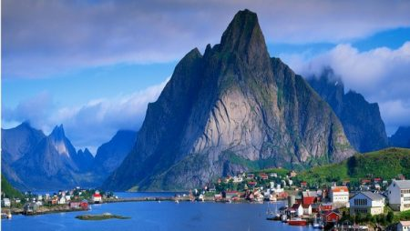 Топ-10 самых богатых стран мира