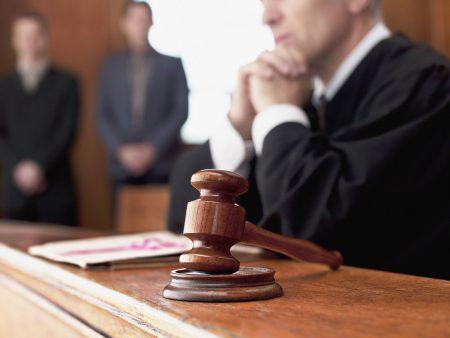 обжаловать действия пристава в суде