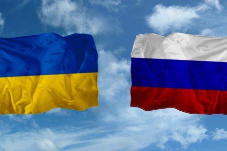 Флаг России и Украины