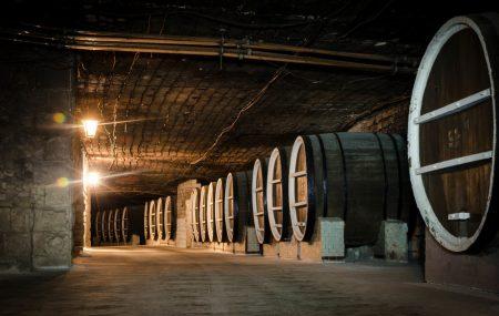 самые большие винные подвалы в мире