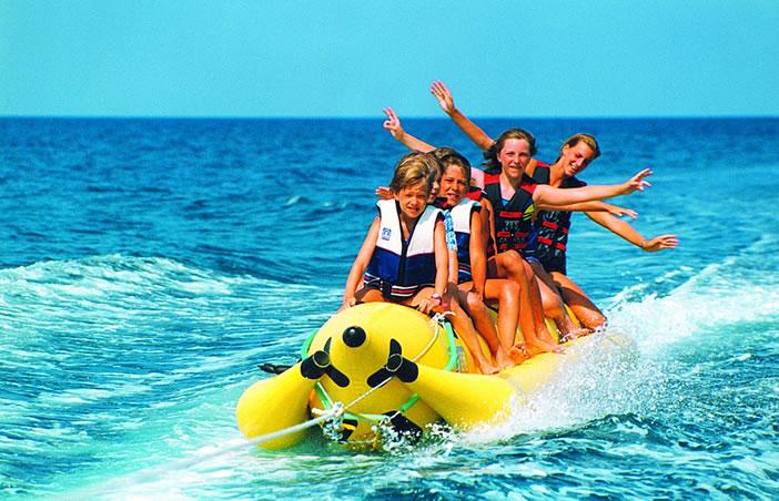 Водные развлечения Кипра - бананы