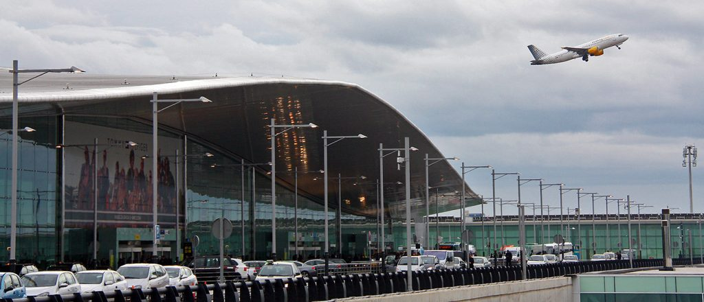 Аэропорт Эль Прат Барселона.