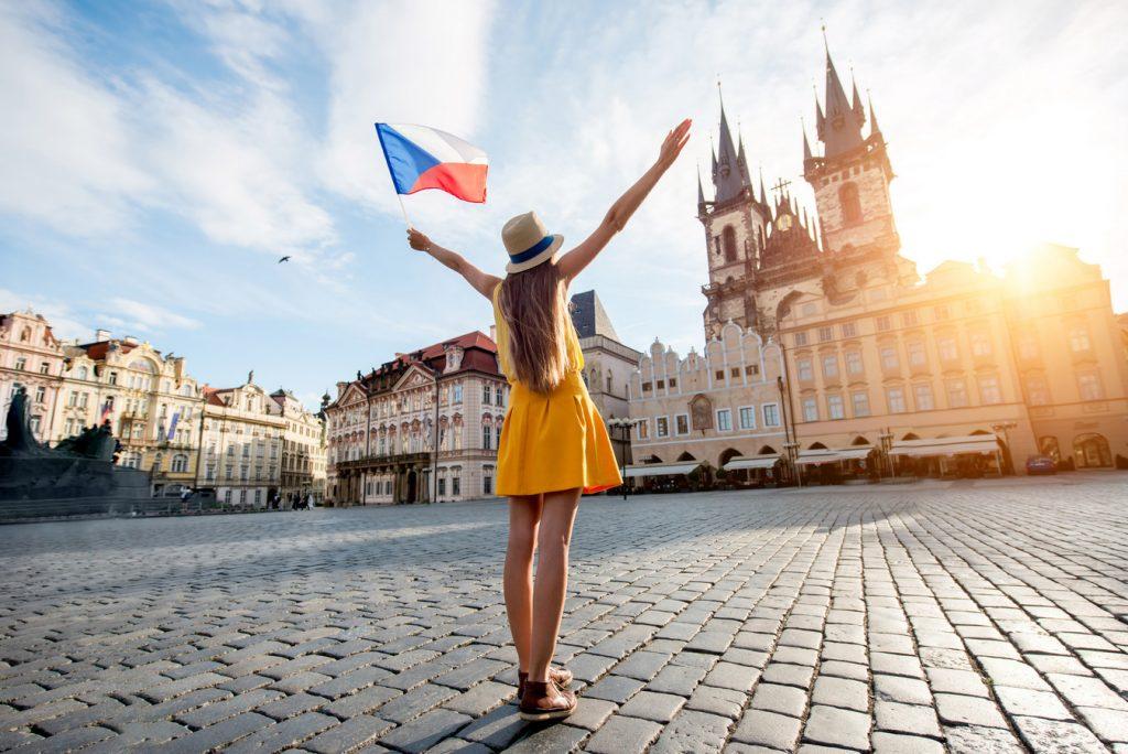 Виза и другие документы для украинцев в Чехию