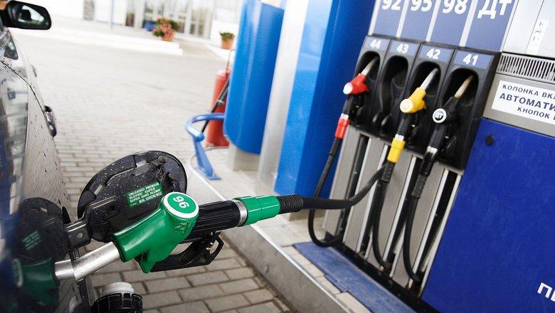 В Нижнем Новгороде цена бензина Аи-92 превысила 40 рублей