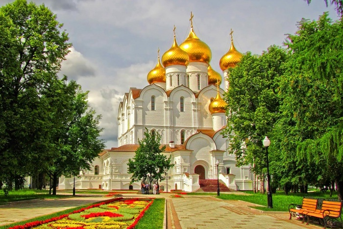 Ярославский Успенский кафедральный собор: