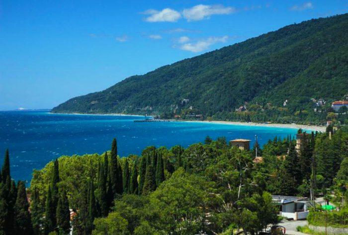Вид на море в Абхазии