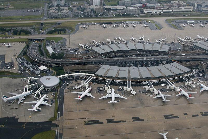 Пересадка в Париже в аэропорту Шарль де Голль