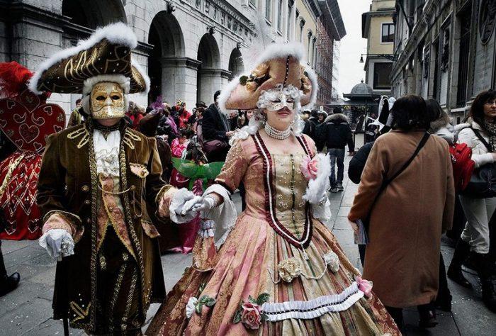 Амброзианский карнавал в Милане