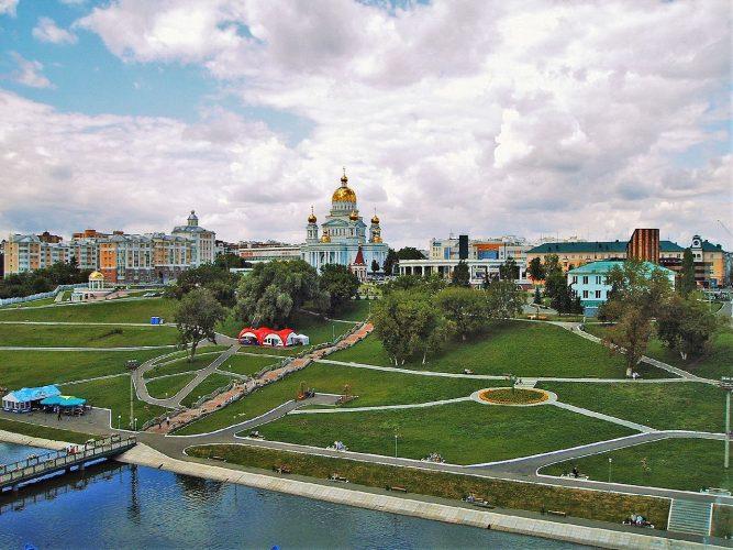 Вид на собор святого Федора Ушакова, Саранск