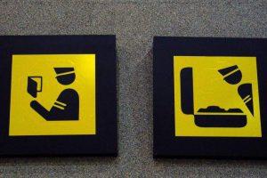 Знаки таможенного контроля