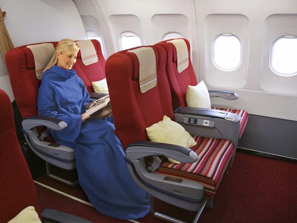 Плед в самолете