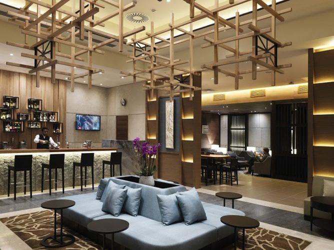 Plaza Premium Lounge в аэропорту Хитроу