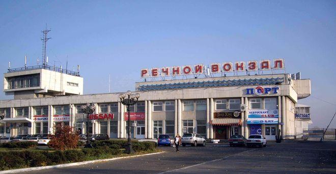 Речной вокзал в Иркутске