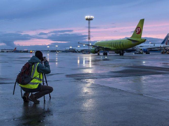 Фотографировать самолет