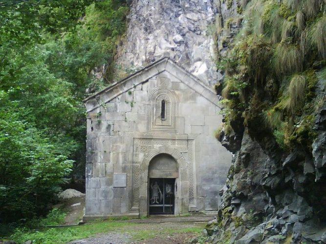Церковь Св. Георгия в селе Даба