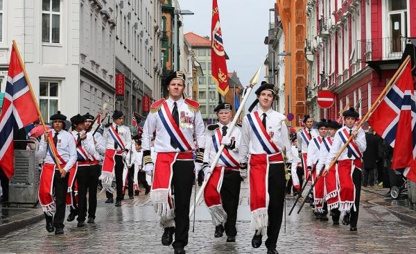 День Конституции Норвегии 17 мая