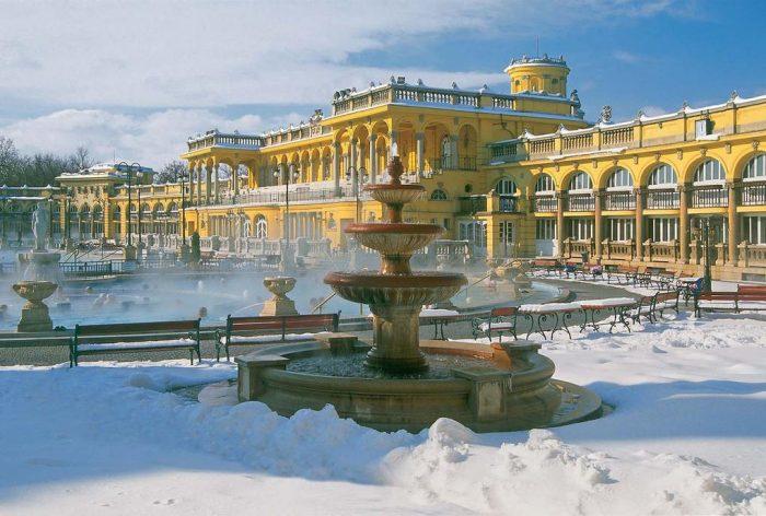 Лечебная купальня и гостиница Геллерт