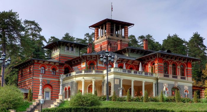 Дворец Романовых в Ликани
