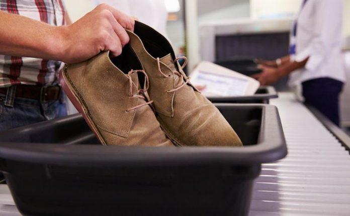 Обувь в самолете