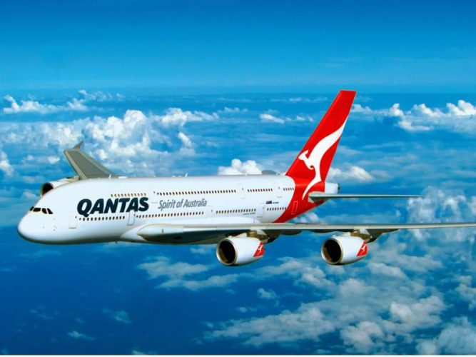 Лайнер Airbus A-380 авиакомпании Qantas Airways
