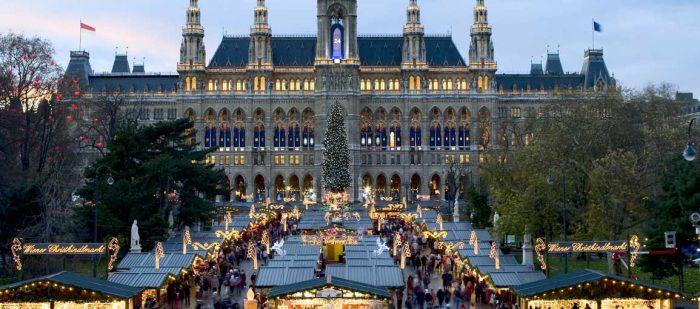 Вена, городская ратуша, ярмарка