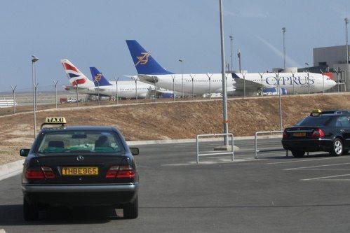 Такси в аэропорту Ларнака