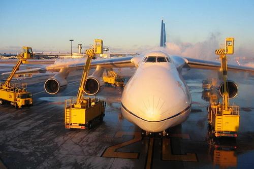 Обработка самолета Ан-124