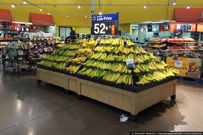 Бананы в Walmart