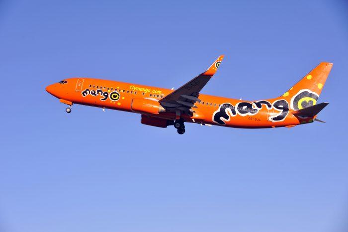 Самолет Mango Airlines Boeing 737-800