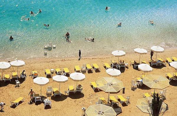 Пляж на Мёртвом море