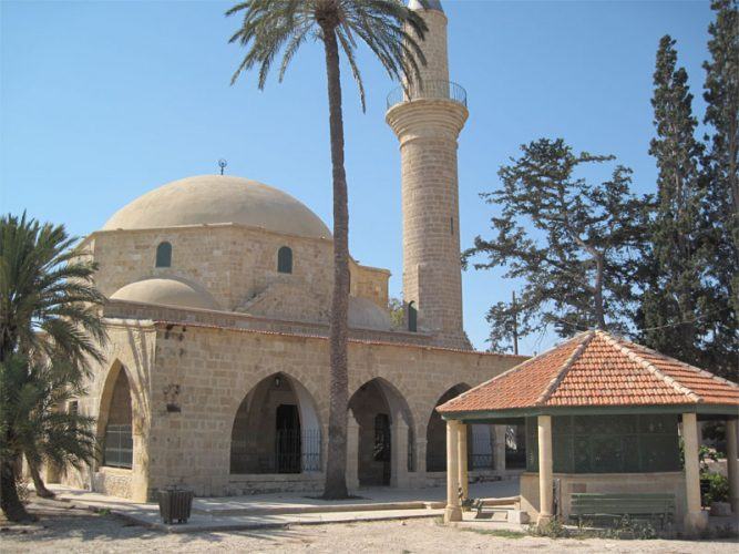 Мечеть Хала Султан Текке в Ларнаке