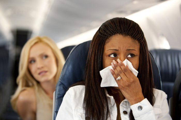 Загрязнение воздуха на борту самолета