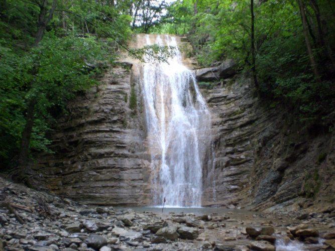 Водопад Адегойский, Кабардинка