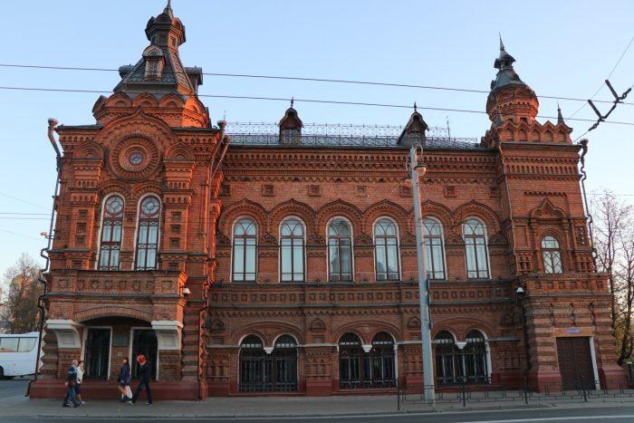 Здание городской думы во Владимире