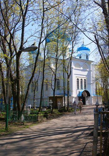 Крестовоздвиженский храм в Петрозаводске