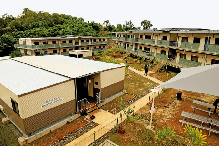 Лагерь для беженцев на острове Манус