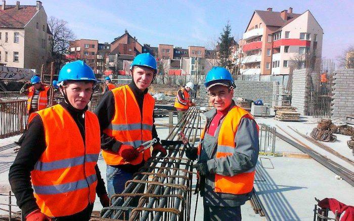 Строители в Варшаве