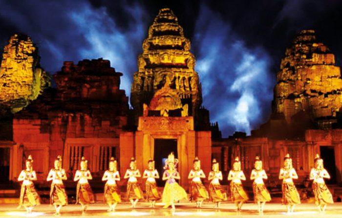 фестиваль Пхимай в Таиланде