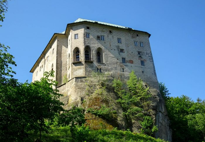 Замок Гуоска