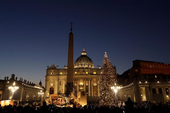 Рождественские ясли на площади Святого Петра