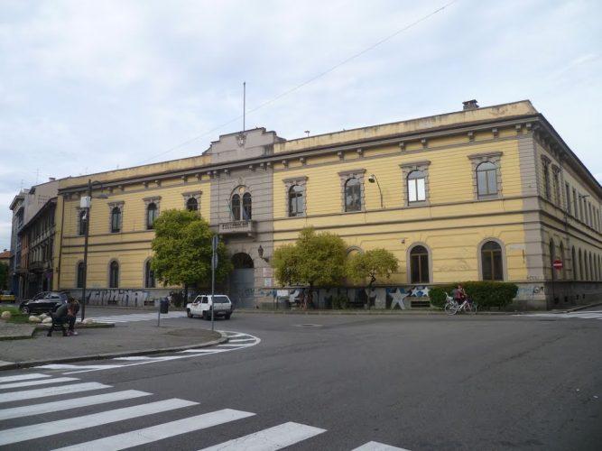 liceo artistico в городе Бусто-Арсизио