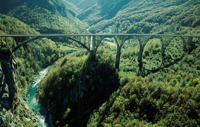 Мост через реку Тара
