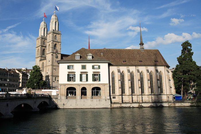 Церковь Вассеркирхе - Цюрих, Швейцария