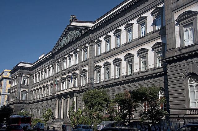 Университет Федерико II