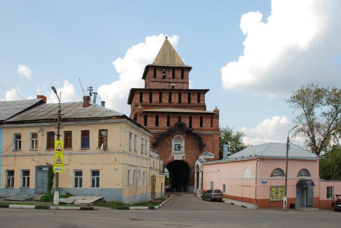 ворота коломенского кремля