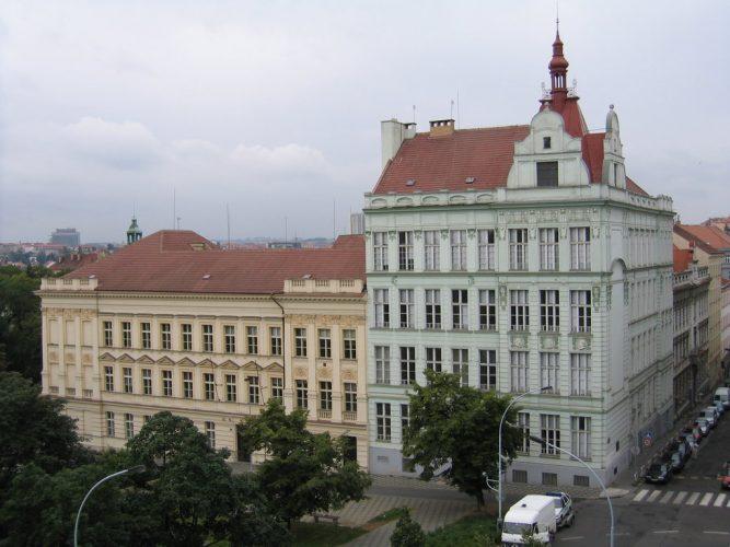 Институт финансов и управления