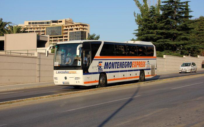 Междугородний автобус в Черногории