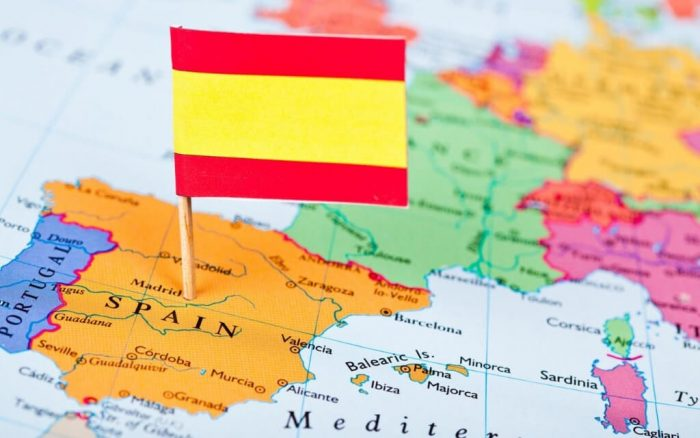 Испанский флаг на карте