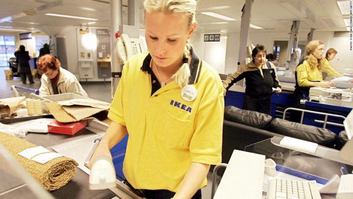 Кассир IKEA