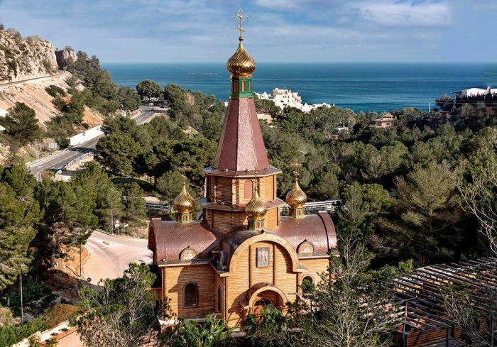 Православный храм в честь Архангела Михаила